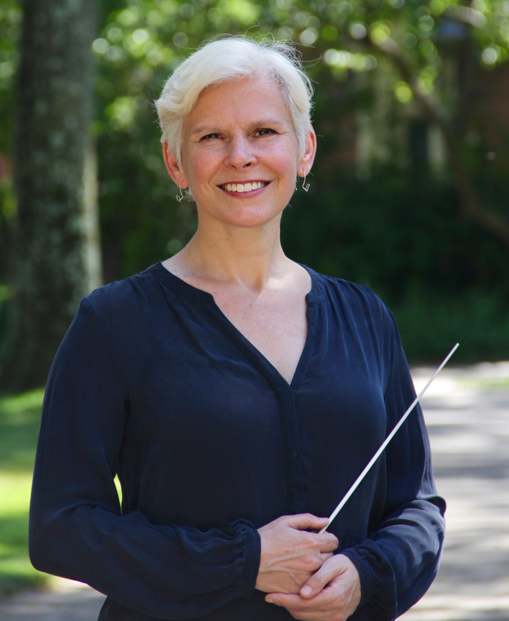 Nell Flanders, Assistant Conductor